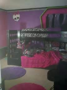 monster bedroom 25 best ideas about monster high bedroom on pinterest