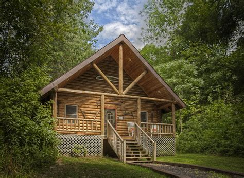 the cabin house the log cabin by candlewood cabins