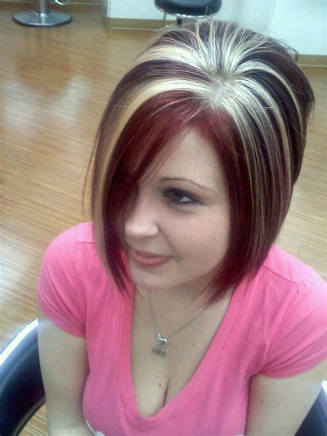 chunky hilites for the front of short hair inverted bob chunky short hairstyle 2013