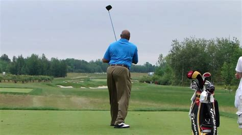 charles barkleys golf swing charles barkley and the smoothest golf swing ever youtube