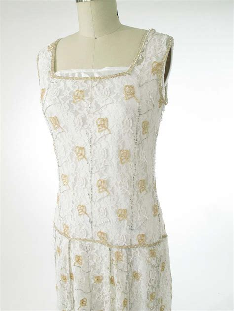 beaded 20s style white lace flapper dress 1920s wedding