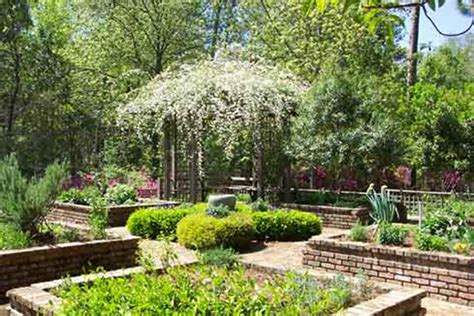 Mobile Botanical Garden Mobile Alabama Open To Receive Religious Groups