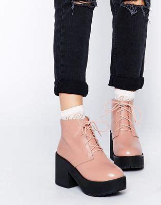 the whitepepper the whitepepper toe walker boots