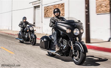 Indian Motorcycle Unveils 2016 Chieftain Dark Horse