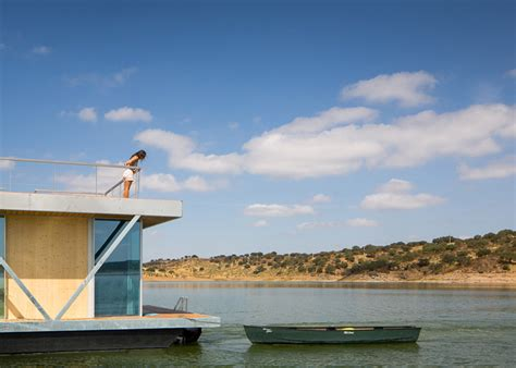 floatwing modular floating house by portugal s friday modular floating house by friday urdesignmag