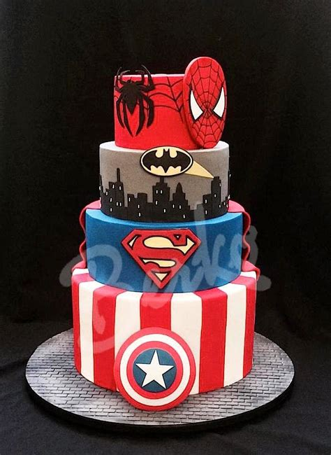 Hochzeitstorte Comic by 1000 Ideas About Captain America Birthday Cake On