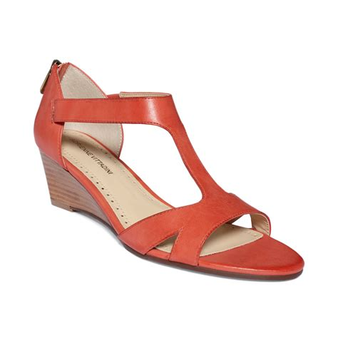 adrienne vittadini cissy mid wedge sandals in lyst
