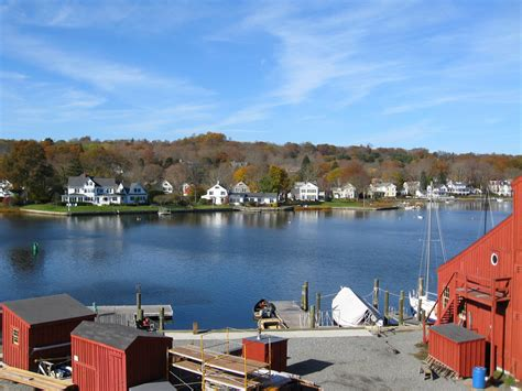 best small towns to visit 15 best small towns to visit in connecticut the crazy