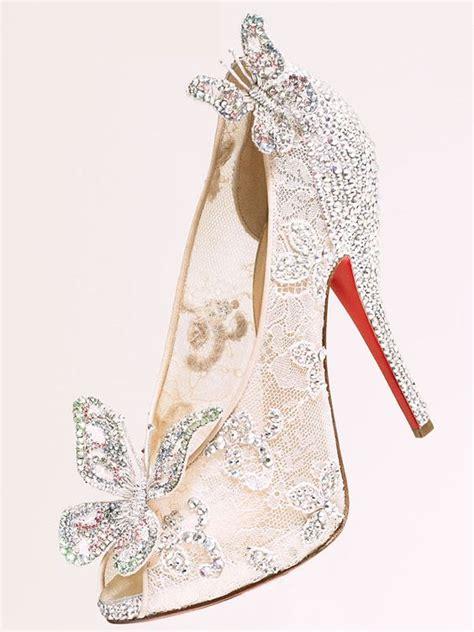 Cinderella Kupu Kupu 9 sepatu cantik ini terinspirasi dari sepatu kaca