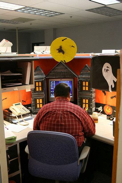 halloween themes for the office best 25 halloween office decorations ideas on pinterest