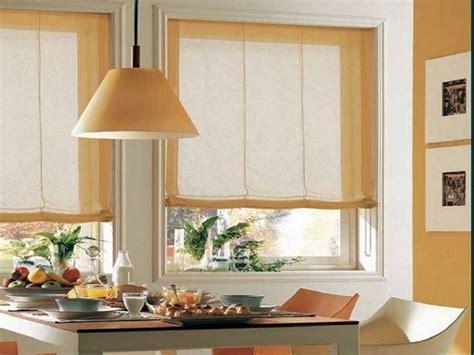 immagini tende cucina tende da cucina tendenze casa arredare con le tende da