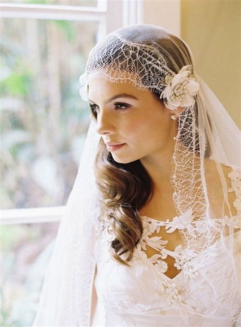 timeless elegant juliet cap veils