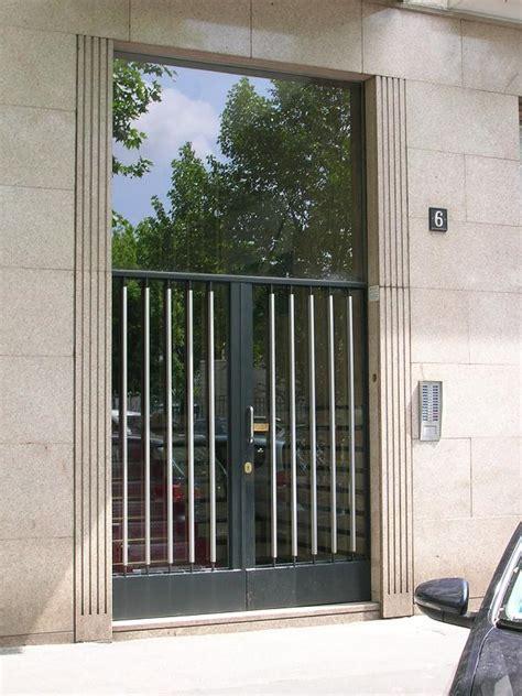 maniglie per portoni d ingresso porte porte blindate portoni basculanti e maniglie