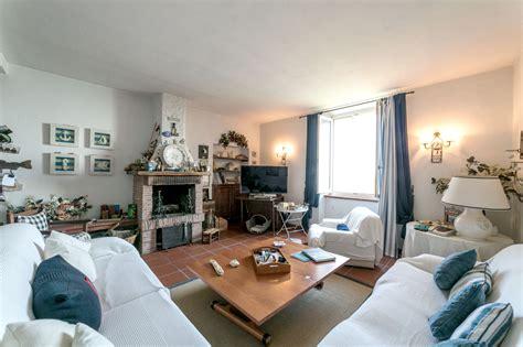 appartamenti porto santo stefano porto santo stefano appartamento in vendita con giardino