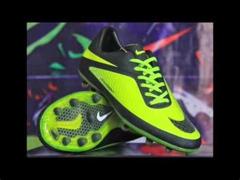Sepatu Bola Keluaran Terbaru sepatu keluaran terbaru nike images