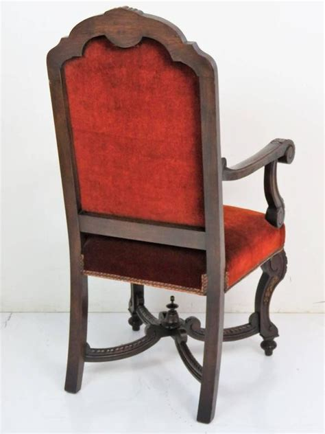 Italian Style Dining Chairs Six Italian Style Carved Dining Chairs For Sale At 1stdibs