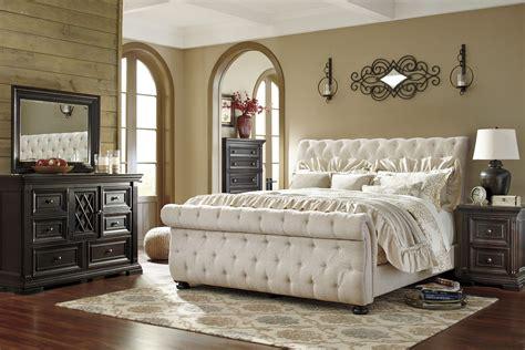 willenburg linen queen upholstered sleigh bed  ashley