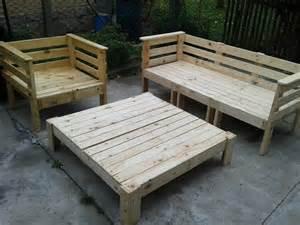 Pallet outdoor furniture set 101 pallets