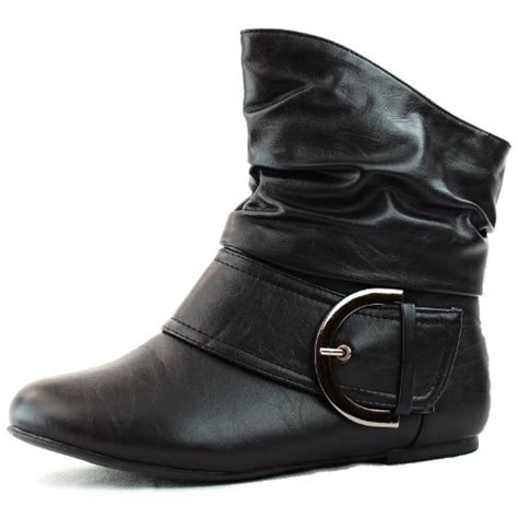 black boots without heels no heels