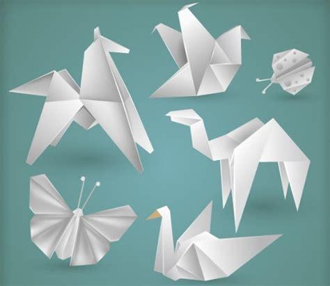 Origami White - free vector white origami animals titanui