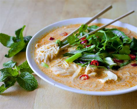 20 minute thai red curry noodle soup with chicken recipe dishmaps