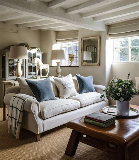 cottage interior design ideas 25 best ideas about painted beams on master