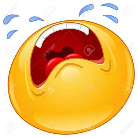 imagenes de emoticones llorando minion crying face related keywords suggestions minion