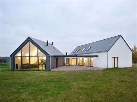 contemporary barn house 25 best ideas about modern barn house on pinterest barn