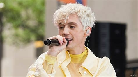 troye sivans  song animal   haunting mellow track