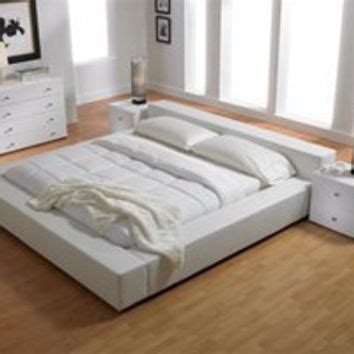 sleek bedroom sets sultan bed modern contemporary beds from sexyfurnishings com
