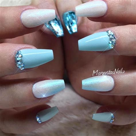 blue fingernail beds blue nail beds 28 images 15 learn what your nails say