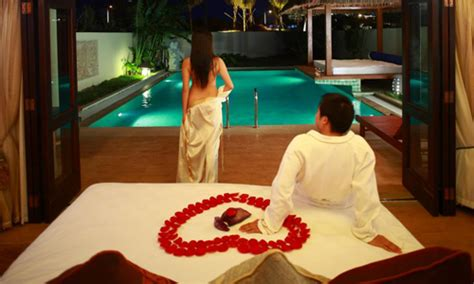 honeymoon bedroom ideas romantic honeymoon bedroom theme decorations ideas