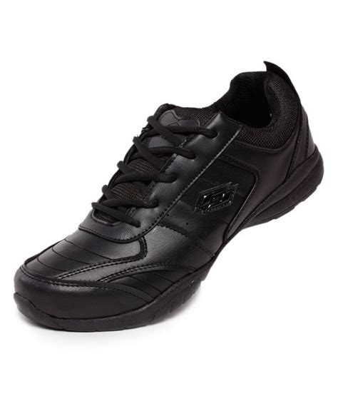 rs 575 for lotto proactive black sports shoes at snapdeal