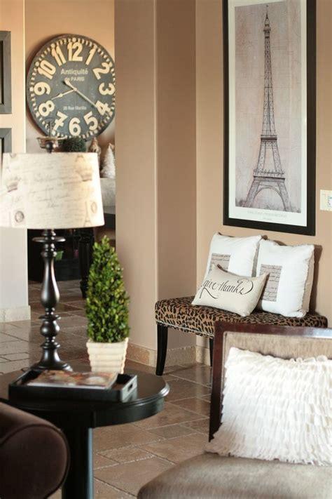 eiffel tower living room decor 25 best ideas about eiffel tower l on bedroom decor rooms and