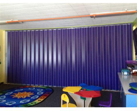 accordion doors installation sales repairs replacement