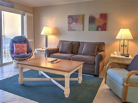 1 Bedroom Condo Destin Fl by Gorgeous 1 Br Condo 609 Overlooking The Emerald Waters Of