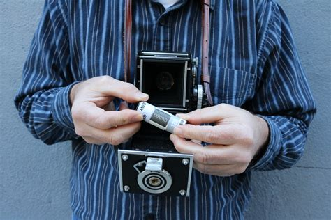 wallpaper camera tlr the wonderful world of rolleiflex tlr photography loading