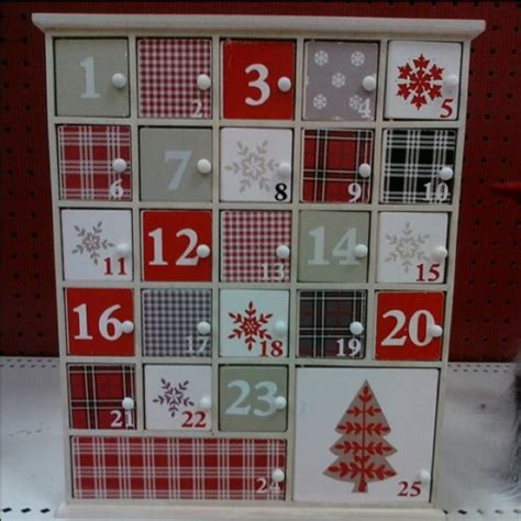 Door Calendar Wooden Advent Calendar With Doors Diy Projects