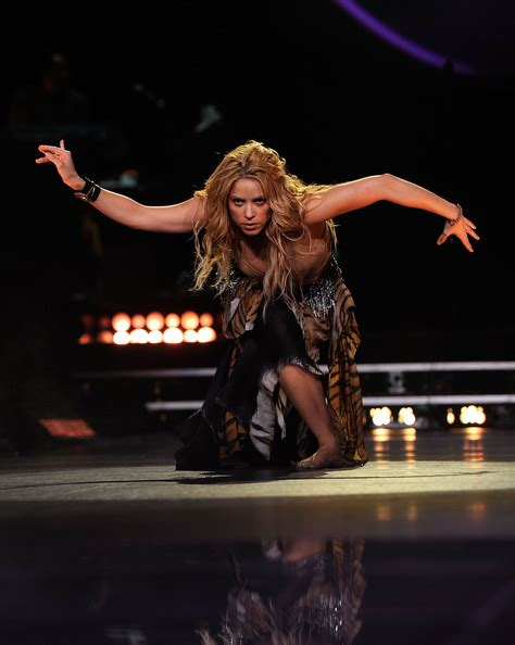 Shakira To Wed In September by Shakira Photos Photos Shakira In Concert At
