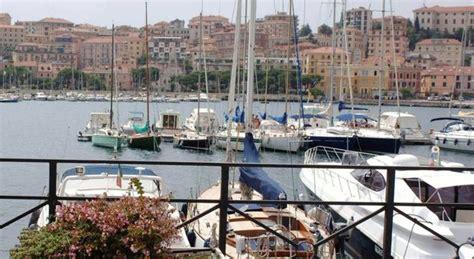 porto di imperia ultime notizie imperia barca affonda a largo salve sei persone luned 236