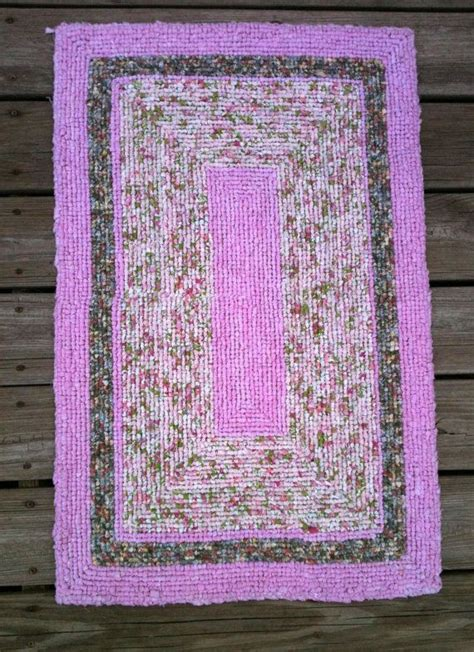locker hook rugs 25 best ideas about locker hooking on locker rugs rag rugs and rag rug diy