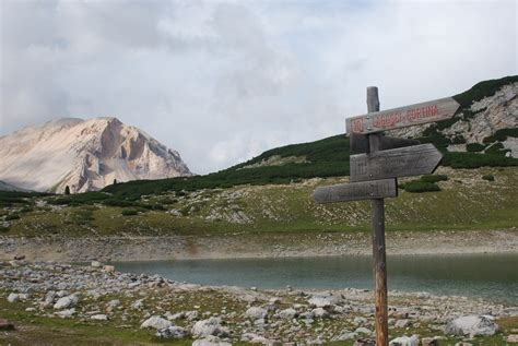 romantic hiking tour dolomites hiking dolomite mountains romantic hiking tour dolomites hiking dolomite mountains