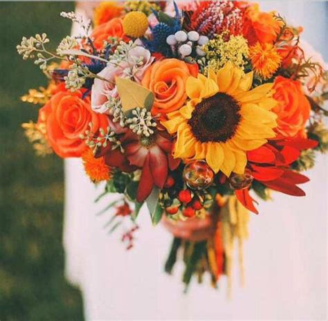 Fall Wedding Bouquets by 50 Fall Wedding Bouquets For Autumn Brides Autumn