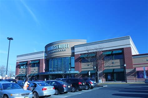 Barnes And Noble Gift Card Cvs - shopping in america 14 large us retailers expats should know