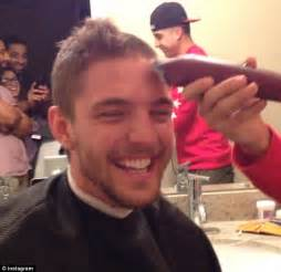 chandler parsons hair 2014 nba star chandler parsons shaves head for terminally ill