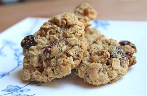 a whole grain oatmeal whole grain oatmeal raisin cookies dairy