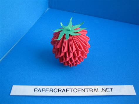 3d Origami Strawberry - 243 best images about papier origami on