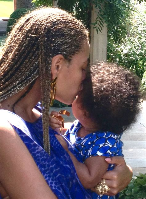 beyonce and blue ivy carter blue ivy carter photos beyonce shares personal pictures
