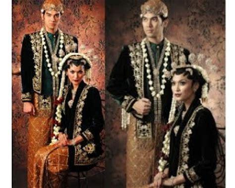 Gelang Wanita Dua Permata Besar foto foto pakaian pengantin adat artikel luarbiasa