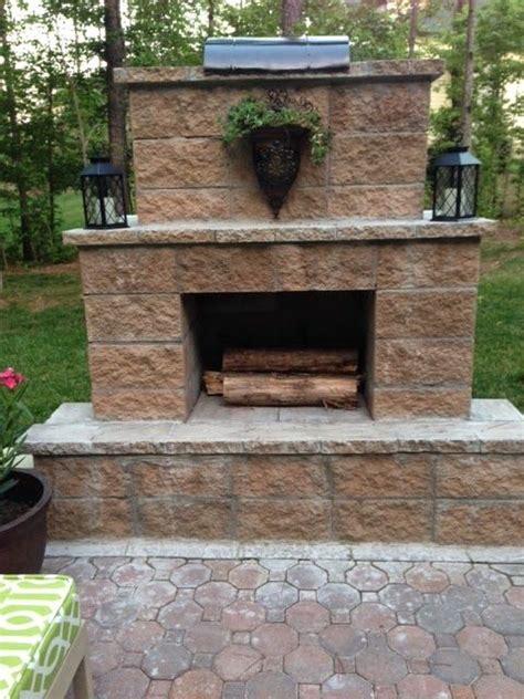 building outdoor fireplace best 25 diy outdoor fireplace ideas on pinterest
